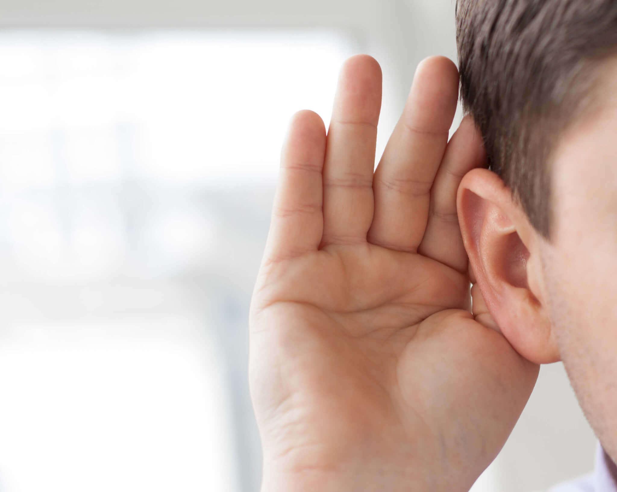 hearing-loss-signs-aids-